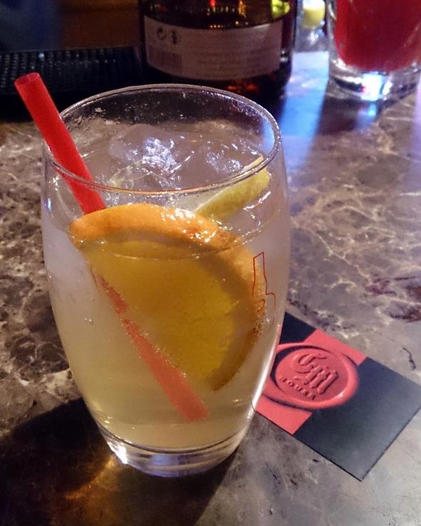 Grand Marnier/Orange/Lemon/Tonic/